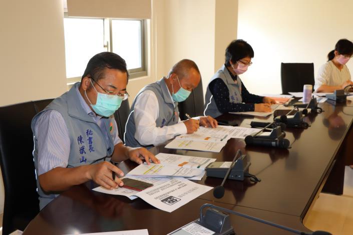 2縣府-縣長參加全國防疫視訊會議IMG_9878.JPG