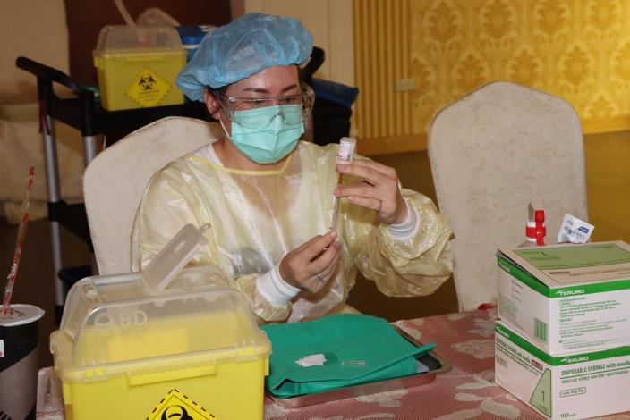 4衛生局規劃長者依照戶政系統造冊施打疫苗IMG_0821