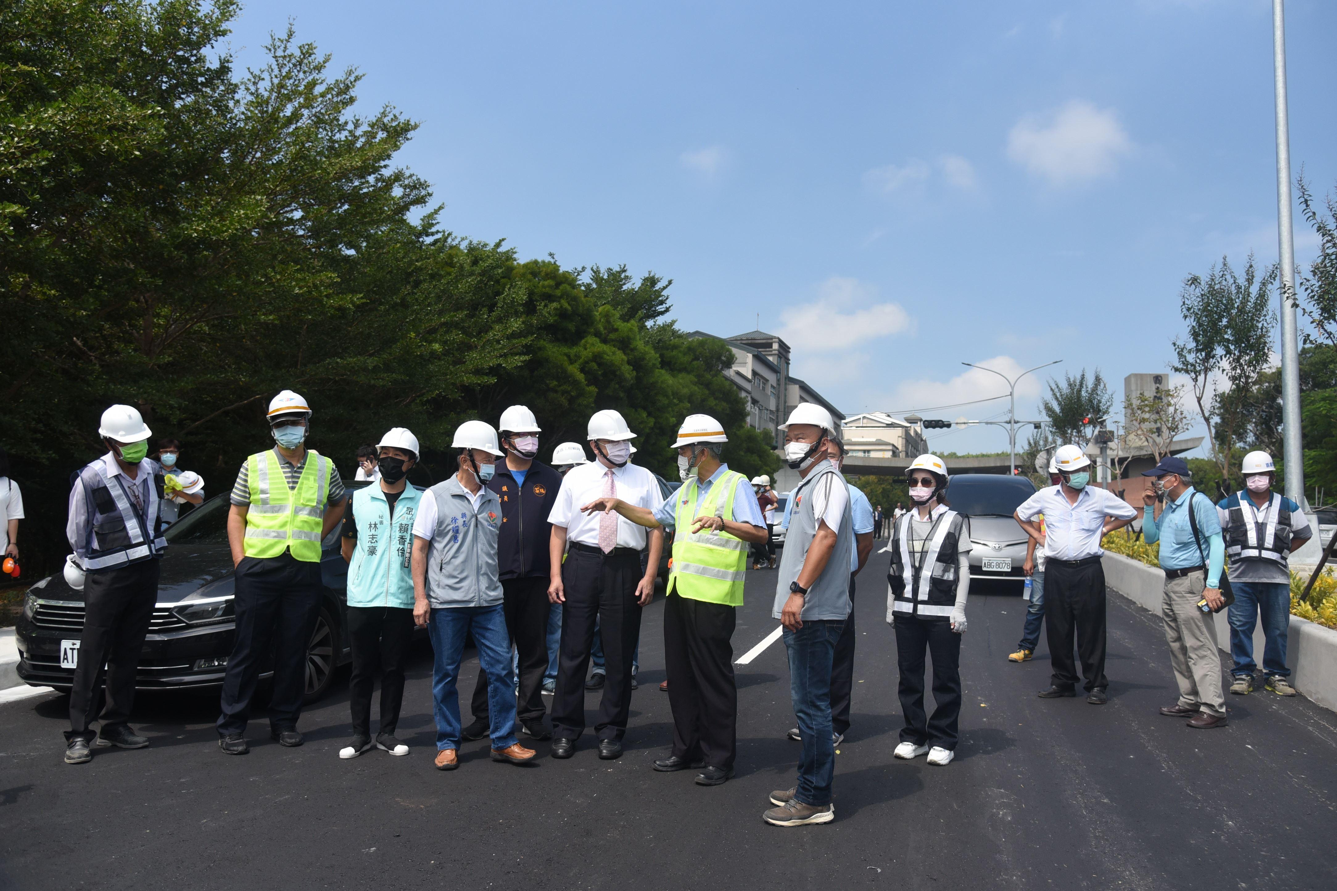 聯大路改善工程可保障師生安全 龍鳳漁港聯外道將有助觀光發展