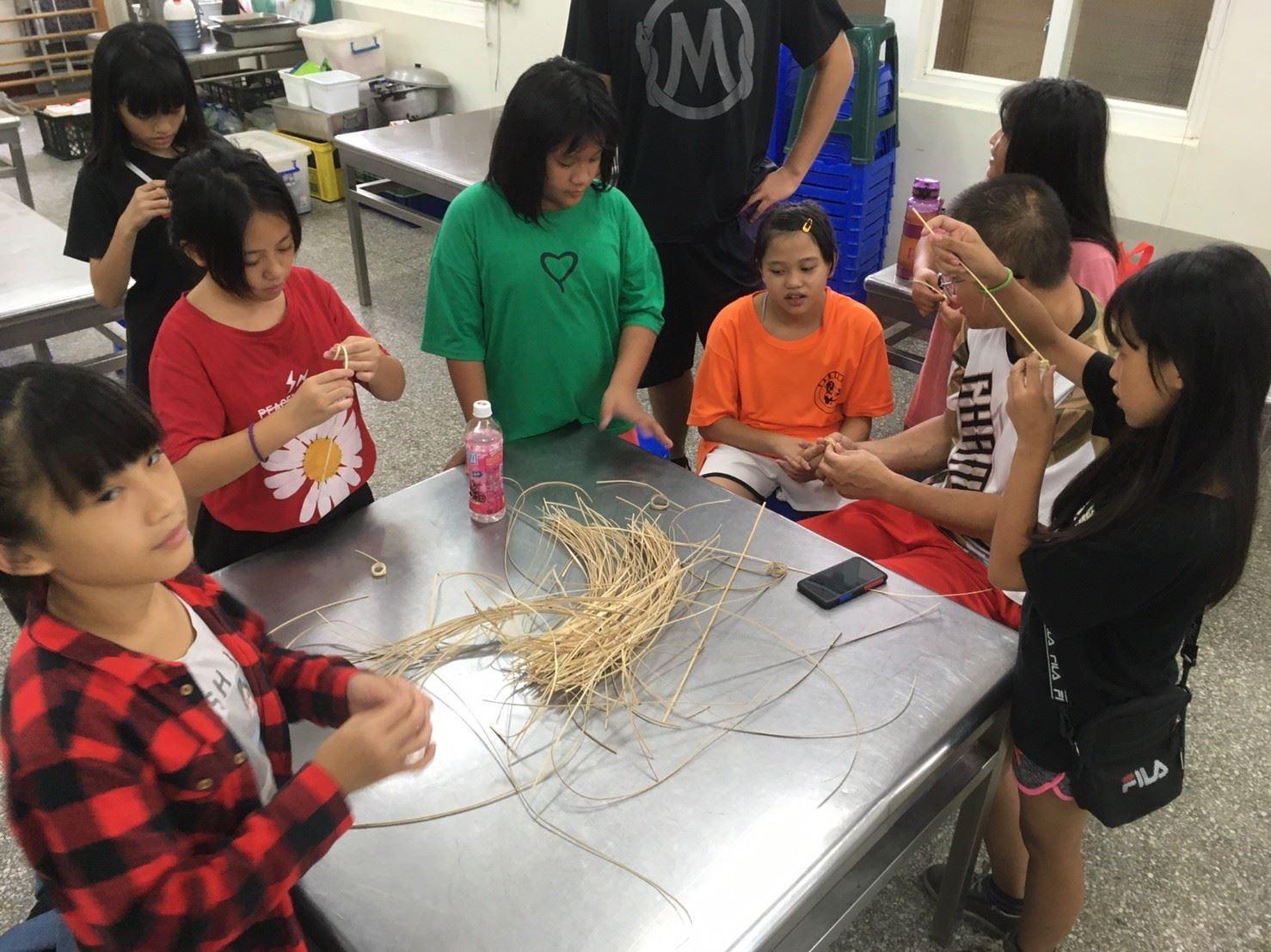 泰雅傳統技藝—藤編課程