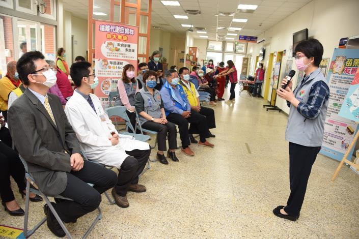 31H縣府-衛生局長說明眼科醫療資源分布DSC_9967.JPG