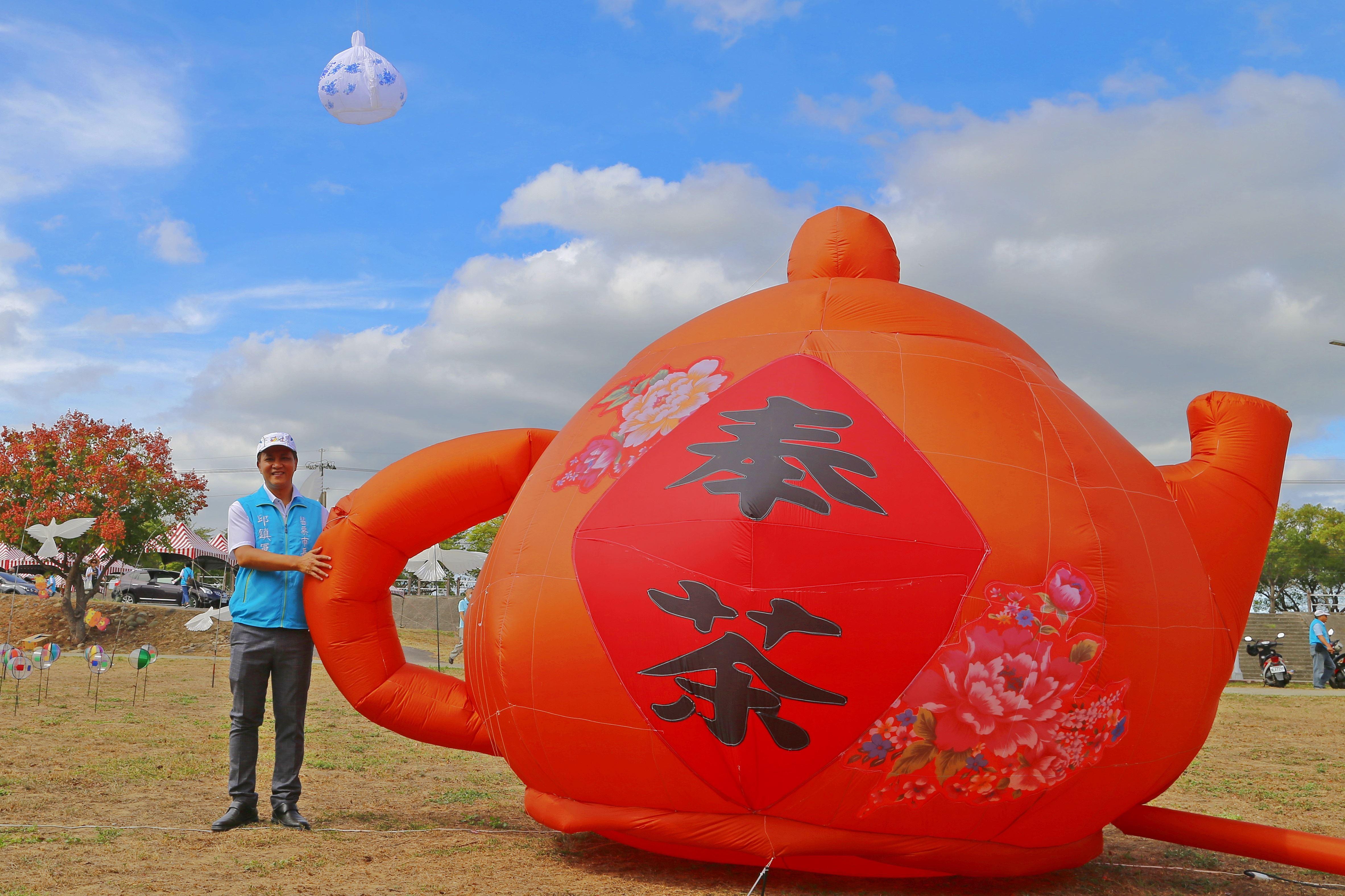 全國唯一客家文化國際風箏節就在苗栗市,10月24、25日邀請民眾一起到苗栗市河濱公園放風箏看表演啖美食