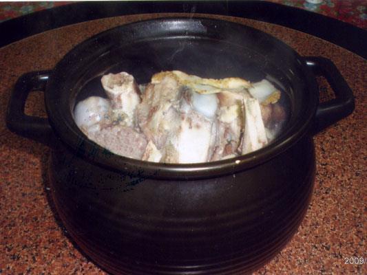 富春客家味雞肉遠景