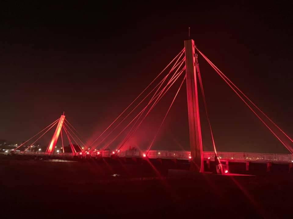 銅鑼新景點西湖溪景觀橋點燈啟用