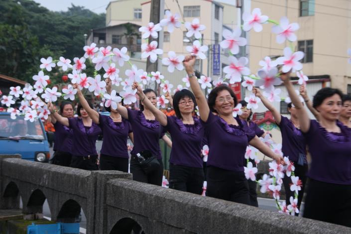 客庄12大節慶-三義雲火龍節開幕活動_創意踩街