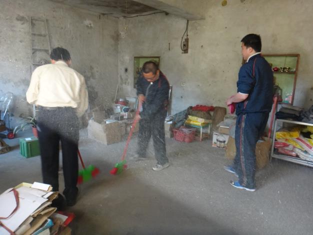 三義鄉公所替代役男公益服務-協助清理獨居老人住居