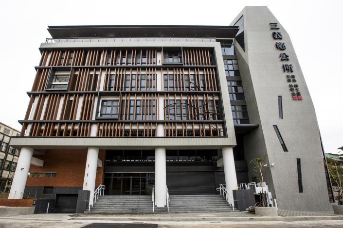三義鄉公所綠建築行政大樓